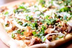 Pulled Pork Pizza- Pulled pork, onions, jalapenos, cojita cheese, cilantro and a hint of lime. This pizza just might change your life. Pulled Pork Pizza, Pulled Pork Recipes, Pizza Recipes, Healthy Recipes, Mince Recipes, Healthy Food, Healthy Eating, Sandwiches, Pasta
