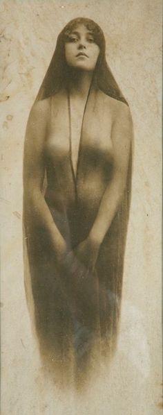 Photograph taken in Tombstone, Arizona of 19-year-old Josephine Sarah Marcus Earp, Wyatt Earp's wife.