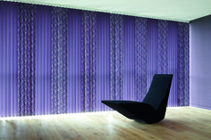 9 Wonderful Tricks: Fabric Blinds Ribbons blinds for windows apartments.Diy Blinds Hardware wooden blinds with curtains. Clean Window Blinds, Vertical Window Blinds, Grey Blinds, Shutter Blinds, Modern Blinds, Blinds For Windows, Indoor Blinds, Patio Blinds, Bamboo Blinds