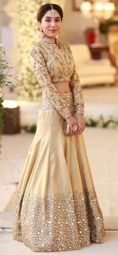 Here's our pick of the best sangeet outfits for the Indian bride of Pakistani Dresses, Indian Dresses, Indian Outfits, Indian Bridal Wear, Indian Wear, Bride Indian, Red Lehenga, Lehenga Choli, Sarees