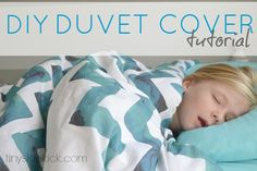How To Make a Duvet Cover:  You can make a duvet cover out of any fabric, even if it isn't wide enough. {complete tutorial at TinySidekick.com} #sewing #duvetcover