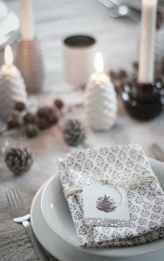 Pretty tablescape, chocolate and white