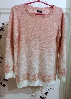 Kup mój przedmiot na #vintedpl http://www.vinted.pl/damska-odziez/kardigany/16716752-pudrowy-sweter-ff-bialo-rozowy-rozm-40-12-dlugi-rekaw