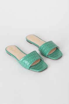 Slide into this season's hottest trend with the Lulus Markiee Teal Patent Crocodile-Embossed Slide Sandals! Vegan patent leather slide sandals with square toe. Cute Slides, Pom Pom Slippers, Fashion Slippers, Leather Slippers, Slide Sandals, Crocodile, Vegan Leather, Patent Leather, Shoe Boots
