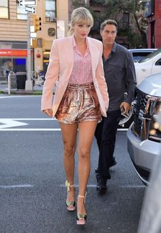 Taylor Swift Hot, Taylor Swift Outfits, Style Taylor Swift, Red Taylor, Taylor Swift Fashion, Taylor Swift New York, Beautiful Taylor Swift, Miss Americana, Taylor Swift Pictures