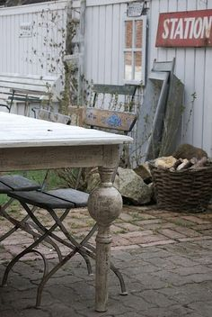 love distressed paint outdoor-ideas