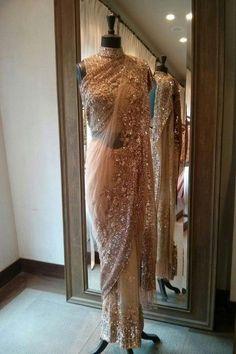Manish Malhotra saree - intricate embroidery