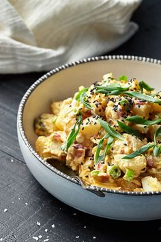 ... Black Sesame, Side Dish Recipes, Sesame Seeds, Garnish, Potato Salad