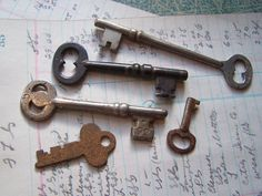 Vintage/Antique  Group of OLD Skeleton Keys by ShaneLilyRain