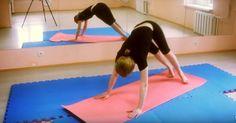 Помните, что, тренируя и растягивая позвоночный столб, мы усиливаем мускулы и связки, которые будут держать позвоночник в растянутом состоянии. Эта работа будет стимулировать циркуляцию энергии и крови по всему организму. Увеличится обмен веществ, а внутренние органы окрепнут. В целом, это благотворно скажется на самочувствии всего организма. Успех любого дела зависит от мотивации. Чем она сильнее, … Diy And Crafts, Kids Rugs, Workout, Fitness, Beauty, Kid Friendly Rugs, Work Out, Beauty Illustration, Nursery Rugs