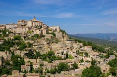 Image of the town Gordes in Provence
