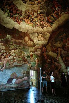mantua 2009 07 - palazzo del te 1 - hall of the giants