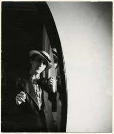Shooting Film: Self-portraits by Women Photographers in The 1920's and 1930's, old school selfie!!