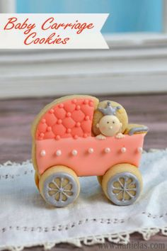 Haniela's: 3D Baby Carriage Cookies