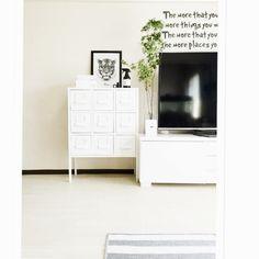 cocoさんの、塩系インテリア,モノトーン,白黒,シンプル,IKEA,COLONY 2139,IGと同じpic!,MONOTONE,squ ,リビング,のお部屋写真