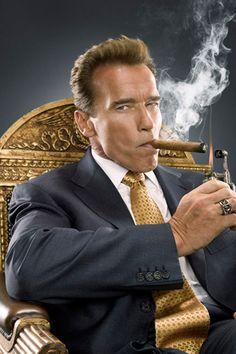 Arnold Schwarzenegger smoking cigar