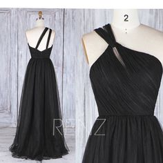 2017 Black Tulle Bridesmaid Dress, One Shoulder Wedding Dress, A Line Ball Gown, Formal Dress, Puffy Evening Gown Floor Length (HS471)