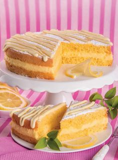Limoncello, Cheesecake, Torte Cake, Beautiful Fruits, Lemon Recipes, Vanilla Cake, Bakery, Muffin, Food And Drink