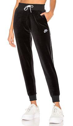 9cec95d41a589 Sportswear Velour Pant in Black & White Pantalones Nike, Zapatillas Nike  Blancas, Ropa Deportiva