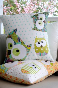 Patchwork owl cushions. Very cute.