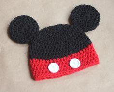 cappello mickey-mouse di bandullera su DaWanda.com Cuffie Per Neonato All  uncinetto f8d88356390e