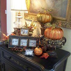 Thanksgiving entryway table ideas.