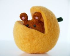 Autumn Fall Toy Needle Felted Pumpkin Mouse for Happy by Fairyfolk, $35.00