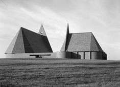 First Baptist Church | 1962-1965 | Columbus, Indiana | Harry Weese | Photo by Hedrich Blessing