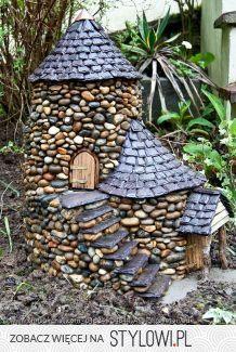 Best Magical DIY Fairy Garden Ideas - The most beautiful garden decor list Garden Crafts, Garden Projects, Garden Art, Big Garden, Fairy Garden Houses, Gnome Garden, Fairy Gardening, Diy Fairy House, Gardening Tips