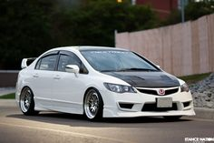 Clean Honda Civic Proper