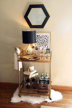 Home Bar Planning Size The very first step is to find out how big you would like your bar to be. If you would like to hide the bar in the wall, utilize the plywood you cut from the wall. Home Bar Decor, Bar Cart Decor, Ikea Bar Cart, Bandeja Bar, Gold Bar Cart, Bar Cart Styling, Mini Bars, Bar Furniture, My New Room