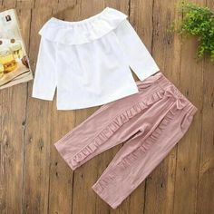 Sewing Pants Ruffles 49 Ideas For 2019 Frocks For Girls, Kids Frocks, Girls Pants, Little Girl Dresses, Baby Pants, Baby Girl Fashion, Kids Fashion, Toddler Outfits, Kids Outfits