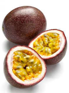 Woke up with Passion Fruit on the brain. Such a weird looking fruit but so fucking delicous. I can go for some Chinola juice right now. Fruit And Veg, Fruits And Vegetables, Fresh Fruit, Vegetables List, Kids Fruit, Fruit Plants, Fruit Trees, Edible Plants, Passion Fruit Plant