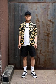 HAT | #CARHARTT SHIRT | #BAPE TSHIRT | #OBEY SHOES | #VANS Lee Seungyong, Street Fashion 2017 in Seoul