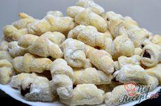 Křupavé vanilkové rohlíčky | NejRecept.cz Slovak Recipes, Sweet Tooth, Oreo, Sweet Treats, Cookies, Breakfast, Food, Cupcake, Gastronomia