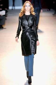 Zac Posen Fall 2011 Ready-to-Wear Fashion Show Collection