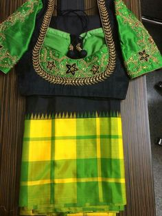 Simple Blouse Designs, Saree Blouse Designs, Blouse Patterns, Maggam Work Designs, Black Saree, Gowns Of Elegance, Work Blouse, Indian Designer Wear, Fancy