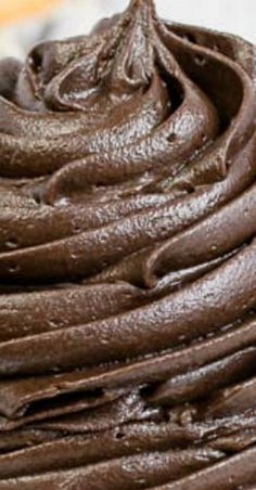 The best Dark Chocolate Buttercream Frosting is a creamy homemade frosting that is great on cakes, cupcakes, or cookies. It's so rich and delicious. Cupcake Frosting Tips, Homemade Frosting, Cupcake Recipes, Cupcake Cakes, Buttercream Icing, Cake Fondant, Icing Recipes, Butter Frosting, Vanilla Frosting