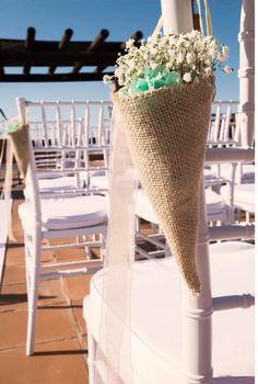 Ya están entregados, tooodos los detalles que nos habéis encargado, para las bodas del finde. Ahora toca mañana de taller y gestiones varias y a mediodía...(tic tac)...¡excursión!  ¡Feliz Viernes a tó la gente buena!  LOVE #contamoshistoriasdeamor #love #amor #happy #feliz #ceremonia #celebration #wedding #weddingplanner #weddingdress #weddingday #boda #bodasbonitas #summer #summertime #beach #beautiful #playa #sunset #flowers #Cádiz #inlove #sky #fashion #fashionblogger #decor #handmade
