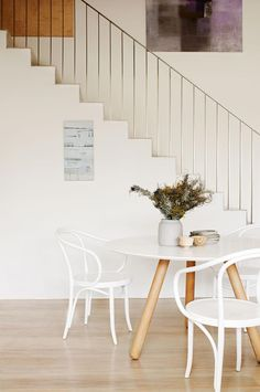 white dining rooms: simply stylish