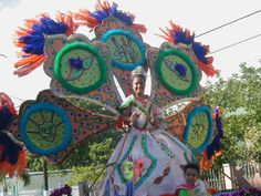 Playa De Ponce | Reinas en Desfile Carnaval Playa de Ponce