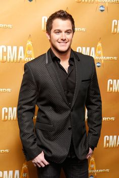 Easton Corbin :D I love country boys Top Country Songs, Country Western Singers, Hot Country Boys, Country Music Singers, Country Artists, Country Life, Young Celebrities, Celebs, My Love Song
