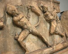 Das Mausoleum von Halikarnassos in Bodrum in der Türkei British Museum, Fries, Lion Sculpture, Statue, London, Sculptures, Big Ben London, Sculpture