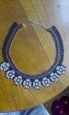 Handmade Beads, Handmade Necklaces, Handmade Jewelry, Beading Patterns Free, Beaded Jewelry Patterns, Seed Bead Necklace, Beaded Necklace, Collar Redondo, Mexican Jewelry