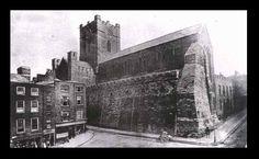 Tour old Dublin – High Street, Christ Church, Wine Tavern & the Irish House. Ireland Pictures, Old Pictures, Old Photos, Vintage Photos, Dublin Street, Dublin City, Ireland Homes, Kingdom Of Great Britain, Dublin Ireland