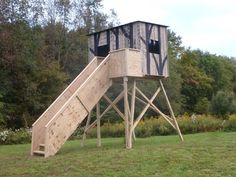 Hunting Blind With Stairs Legs And Rails Hunting Deer Hunting Blinds, Deer Blinds, Deer Blind Plans, Hunting Stands, Exterior Stairs, Hunting Cabin, Wooden Stairs, World Of Interiors, Staircase Design