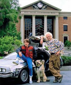Michael J Fox & Christopher Lloyd -[Back to the Future Photo Iconic Movies, Old Movies, Classic Movies, Michael J Fox, The Future Movie, Back To The Future, Bttf, Marty Mcfly, Oldschool