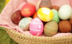 Ideas para pintar huevos de pascua Easter Eggs, Breakfast, Ideas, Food, Decorating Easter Eggs, Chicken Eggs, Easter Bunny, Flower Preservation, Manualidades