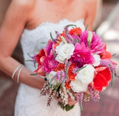 the colors and textures of this wedding bouquet are gorgeous!
