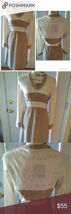 70s knit cream and mocha dress Amazing 70s knit fitted dress in excellent condition. I love the contrast of the knit styles and soft colors. Bust 32' waist 24' elasticated hips 34' length 38' Vintage Dresses Midi